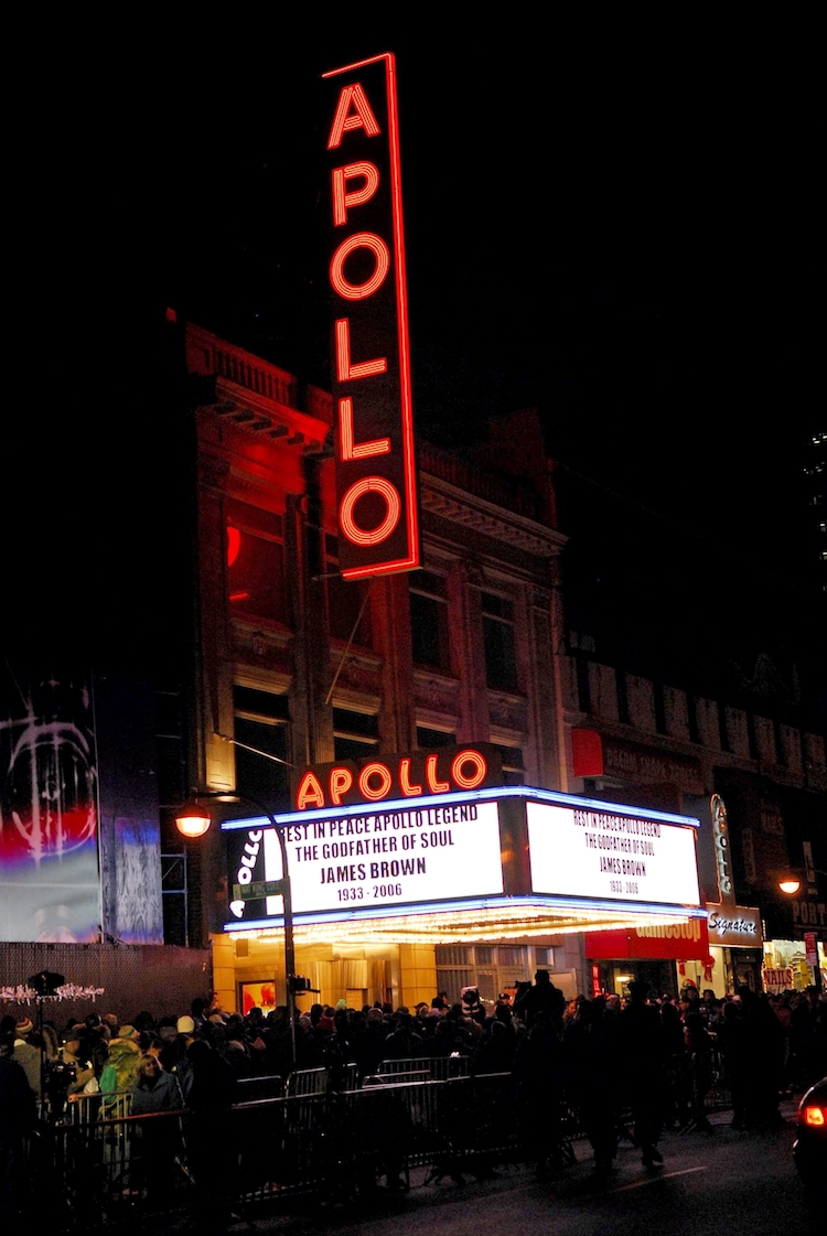 A photo of the Apollo Theater in Harlem
